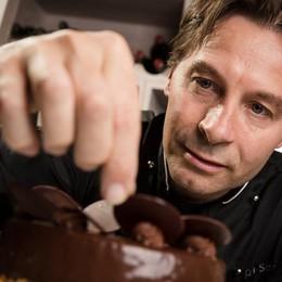 Lo chef Schrott chiude il ristorante   «Aggredito e minacciato, me ne vado»