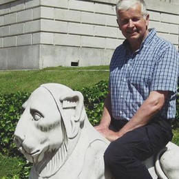 Turista inglese a Villa Melzi  Stessa foto, 53 anni dopo