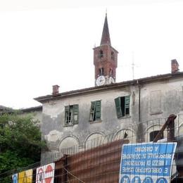 Cantù: top ai clandestini nel castello  Il Comune mura il Pietrasanta