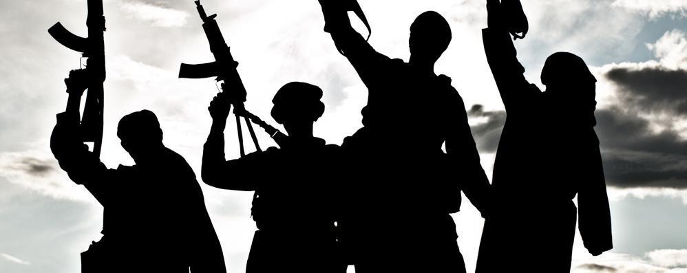 Musulmani e terrorismo  Opposte paure in Lombardia  Oggi in edicola con L'Ordine