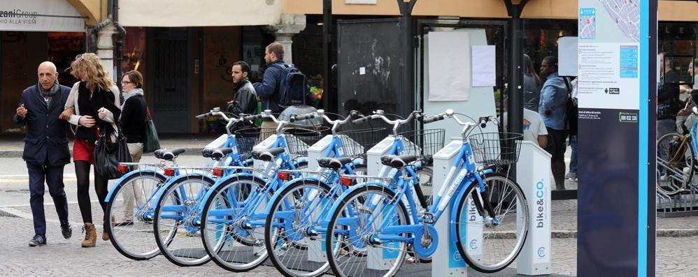 Tessere per il bike sharing  Punto vendita a San Giovanni