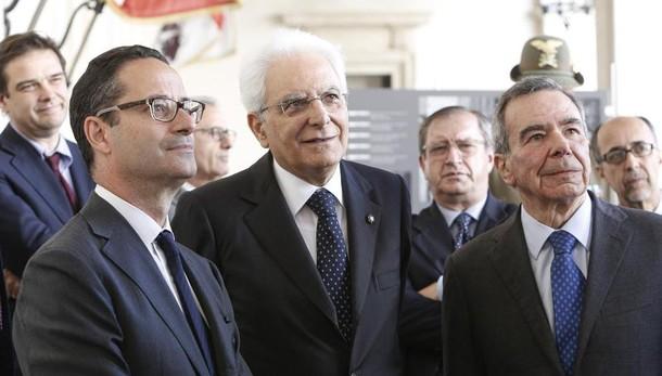 Mattarella, garantire dignità a migranti
