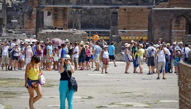 Numero chiuso domenica a Scavi Pompei