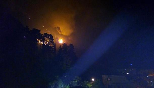 Incendi, bimbi asilo intossicati da fumo