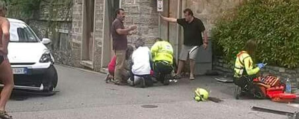 Incidente a Carate Urio  Ferito un motociclista