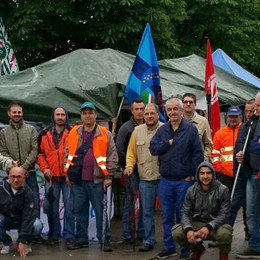 """Holcim, arriva lo sciopero  E i lavoratori a """"La Gabbia"""""""