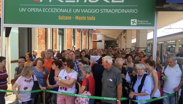 Passerella Christo: altra giornata caos