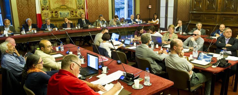 Lucini, altri guai  Paco-Sel scarica  gli alleati di governo