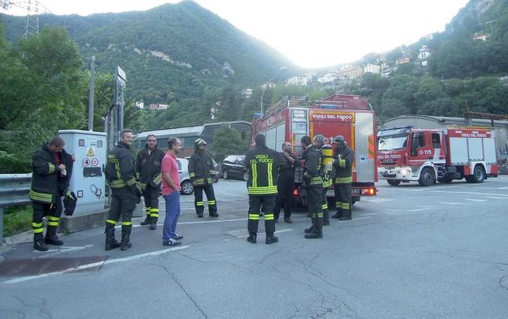 Caslino d'Erba, fumo da cabina del gas  Allarme davanti alla stazione ferroviaria