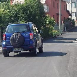Erba, asfalto sulle strade  La campagna parte dalle frazioni