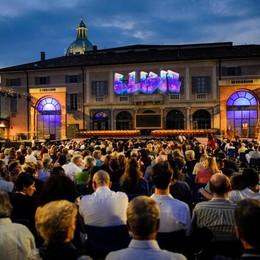 Como l'Elisir d'Amore di 200.com all'Arena del Teatro Sociale