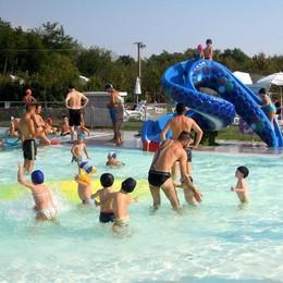 Apre la piscina esterna di Erba  Tuffi doc nel Segrino e a Pusiano