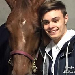 «Il cavallo, la mia vita»  Matteo, campione di salto