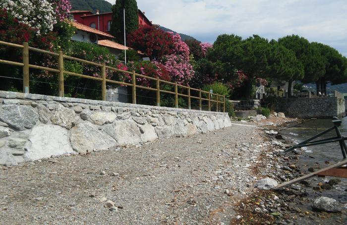 Sn Siro cemento in spiaggia Cantone alle foce torrente Serio
