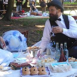 Olgiate, un picnic vittoriano  Nel parco Peduzzi ritorna l'Ottocento