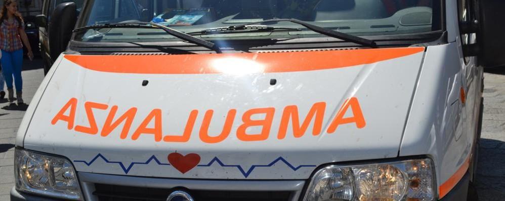Scontro fra auto: quattro feriti