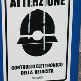 Autovelox, vandali in azione a Cantù  Il sindaco: «A settembre nuovi box»