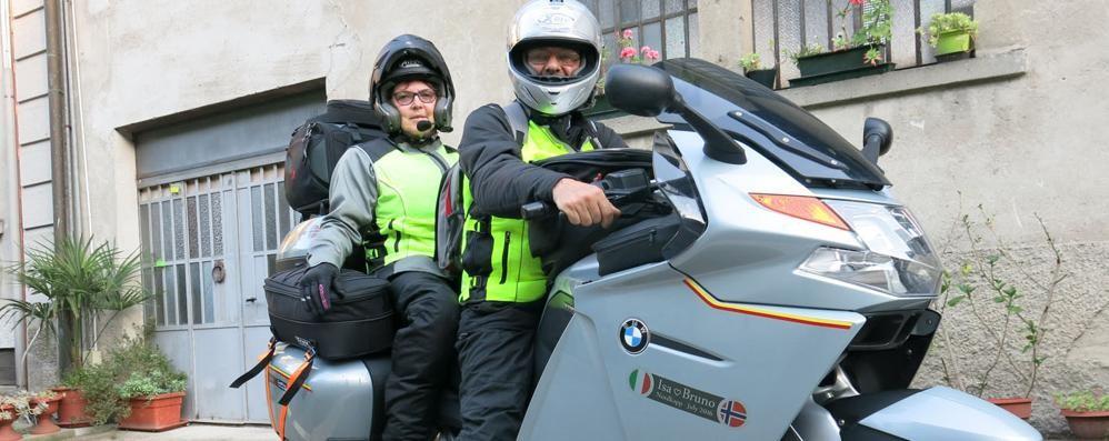 Trent'anni al liceo Giovio  Ora in moto a Capo Nord