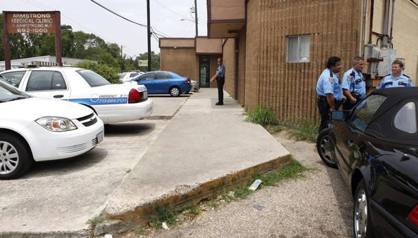 Houston, afroamericano ucciso da polizia