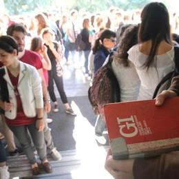 Maturità a Como, il primo 100  è di un ragazzo cinese  Tesina sulla psicanalisi