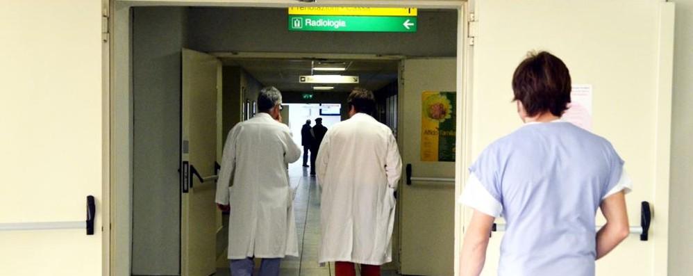 «Qui solo contratti a termine Per fare l'infermiera  sono fuggita a Londra»