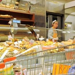 L'indagine sul conto della spesa  A Como l'aumento più alto d'Italia