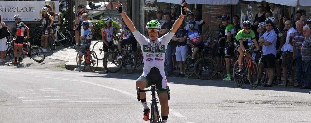 Sipario sul Giro della Brianza  Romanò e Corti alla festa finale