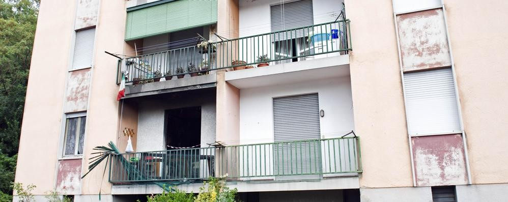 Donna morta nell incendio vicini di casa eroici ma non bastato como citt como - Vicini di casa rumorosi ...