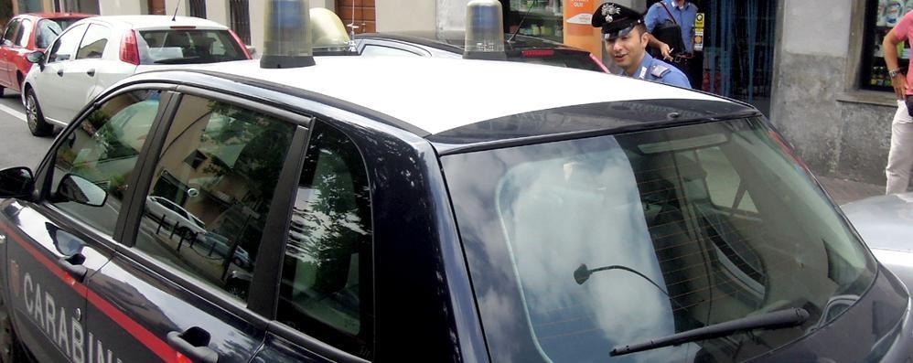 «È un trafficante di uomini, fermatelo»  Muratore arrestato dai carabinieri