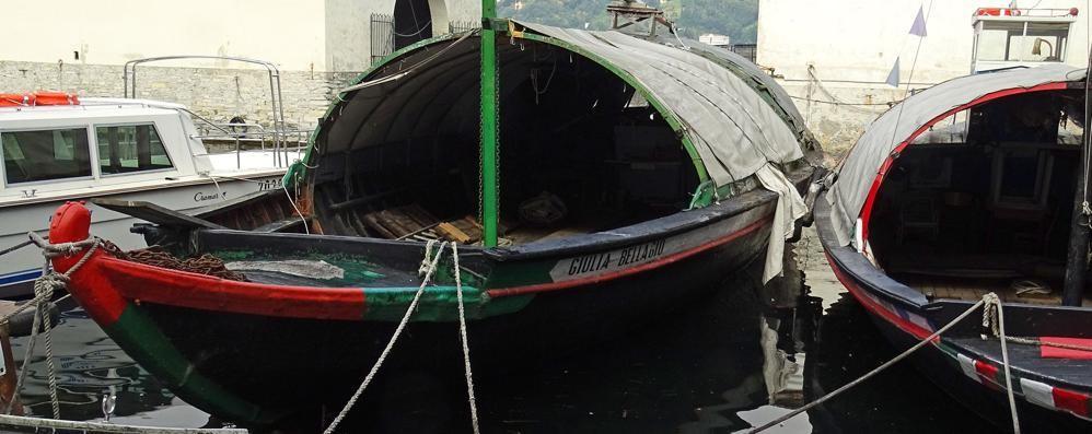 """La """"Giulia"""" esce dal lago e va in pensione  Sarà la regina del Museo della barca"""