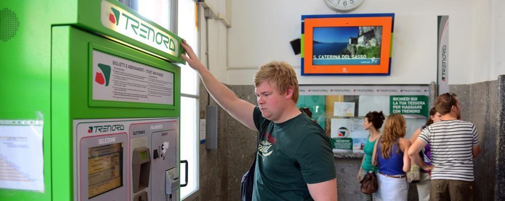 Multa al pendolare con il biglietto del bar  Online esplode il dibattito su Trenord