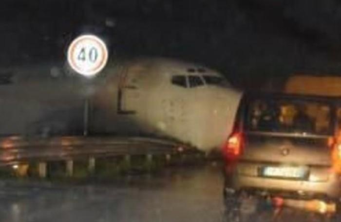Orio al Serio incidente aereo (foto dal sito Eco di Bergamo)