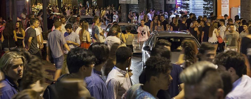 Alcol a Cantù, la replica dei baristi  «Chiudere prima non serve a nulla»