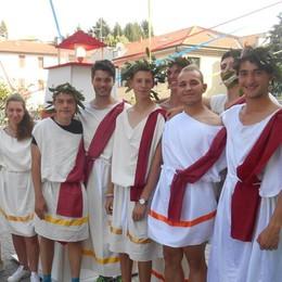 Olgiate, come gli antichi greci  Una folla entusiasta