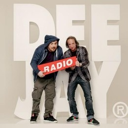 """Il re della """"coca"""" abita a Novedrate  Ma è una parodia di Radio Deejay"""