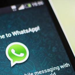 Smartphone e internet:  boom  La tv tiene, volano Facebook e Whatsapp