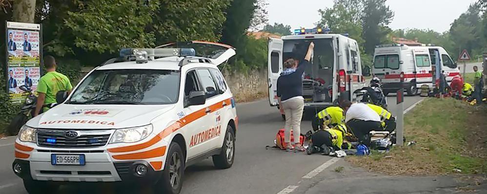 Albavilla, scontro tra due moto  Ferito uomo di 39 anni
