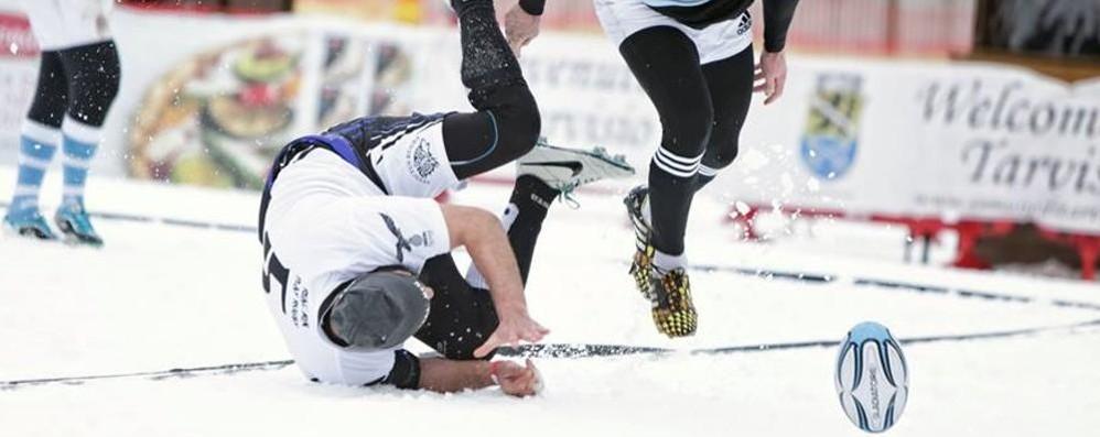 Rugby sulla neve  Como presente!