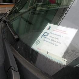 Erba, stangata di 110 euro   per parcheggiare