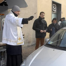 Sant'Agostino, benedizione  di auto e animali
