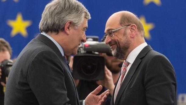 Ue: passaggio di consegne Schulz-Tajani