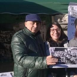 Gli ambulanti di Appiano  «Il mercato resti qui»