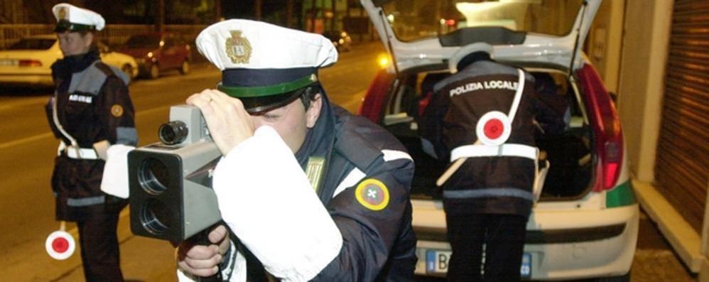 «A Cantù si corre ancora»  Controlli nelle vie Milano e Piemonte