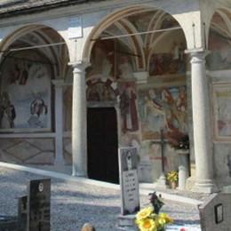 Ladri sacrileghi, raid notturno  Rubati i vasi di rame in cimitero