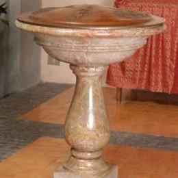 Cadorago, ladri anche in chiesa  Via con un'opera d'arte in rame