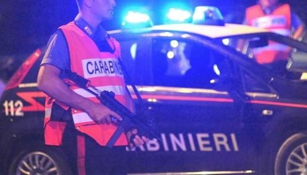 Spari in rapina vicino Roma, 2 feriti