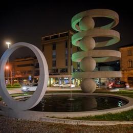 La fontana della pila resta al buio  Il sindaco: abbiamo altre priorità