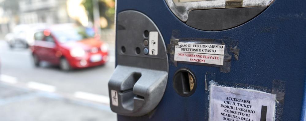 Fino, arrivano cinque nuovi parcometri  La sosta si paga anche con le carte