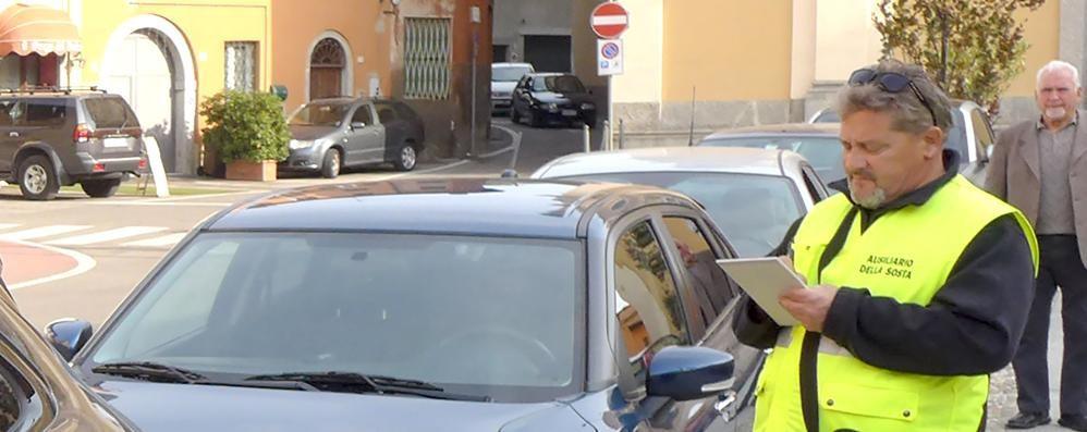 Furbetti della sosta  Multe a Albese e Albavilla
