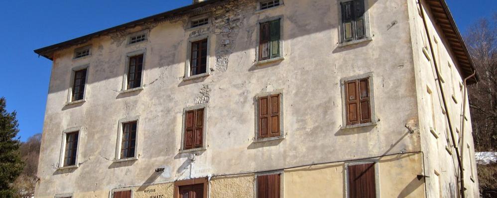 """Caserma della Finanza  """"Regalata"""" a Schignano"""